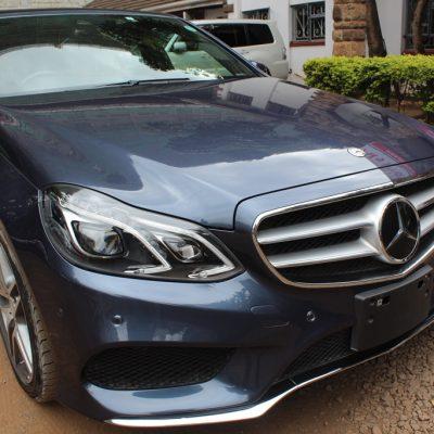 Mercedes Benz E250 Avantgarde AMG 2013 80,000 Kms