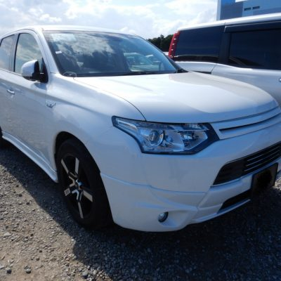 Mitsubishi Outlander PHEV 2014 87,000 Kms